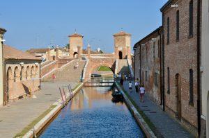 Die Brücke Trepponti in Comacchio