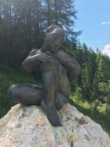 Kunst in den Dolomiten: Le Tru di Artisc