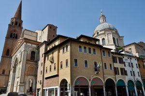 Die Basilica di Sant'Andrea in Mantua