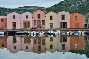 Die Gerberhäuser am Temo in Bosa Sardinien