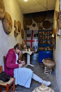 Körbe flechten in Flussio auf Westsardinien