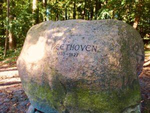 Der Beethoven Stein im Harburger Stadtpark