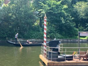 Urlaub in Hamburg mit Gondelfahrt auf der Alster
